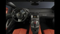 Lamborghini Aventador LP700-4 2012 chega oficialmente ao Brasil por R$ 2,8 milhões