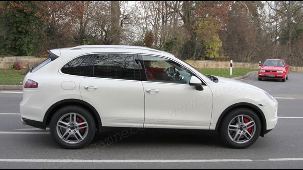 Novo Porsche Cayenne 2010 é flagrado com pouca camuflagem na Alemanha