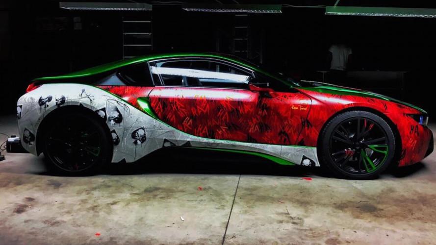 BMW i8, il tuning ispirato al Joker