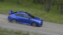 Subaru WRX STI azul
