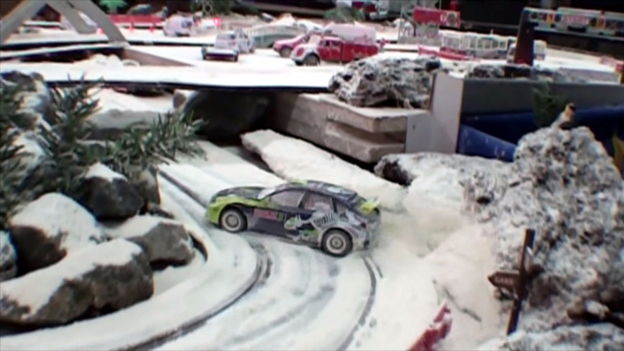 Snowy slot car racing is the closest Spain gets to winter rallying