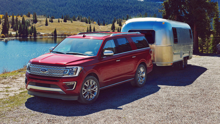 2018 Ford Expedition Tows 9,300 Pounds, Offers Backup Assist