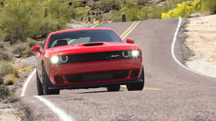 Dodge Challenger GT AWD and wide-body Hellcat coming in 2017