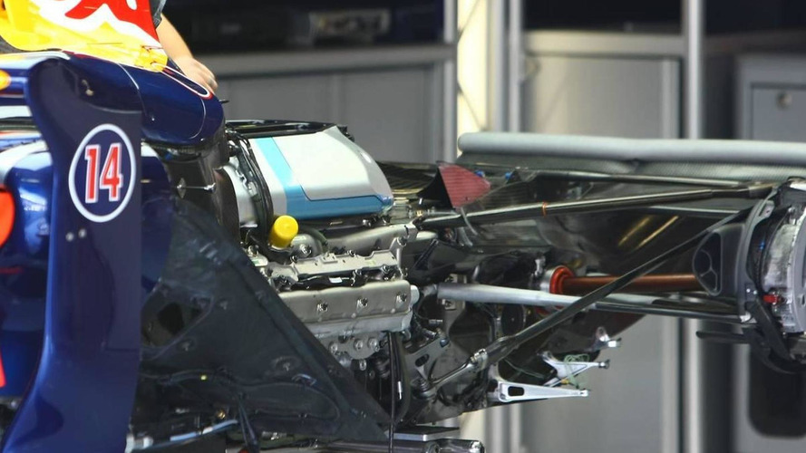 Red Bull keeping F1 engine 'options open' - Horner