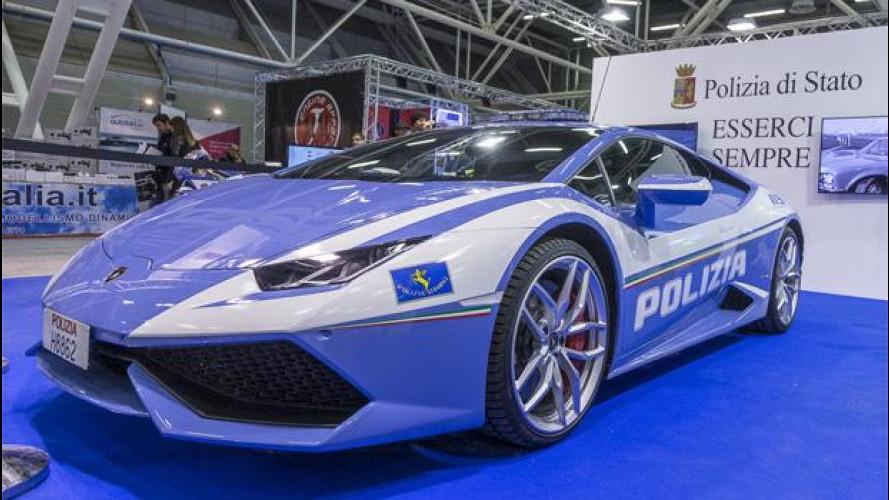 La Lamborghini della Polizia di Stato c'è, anche al Motor Show!