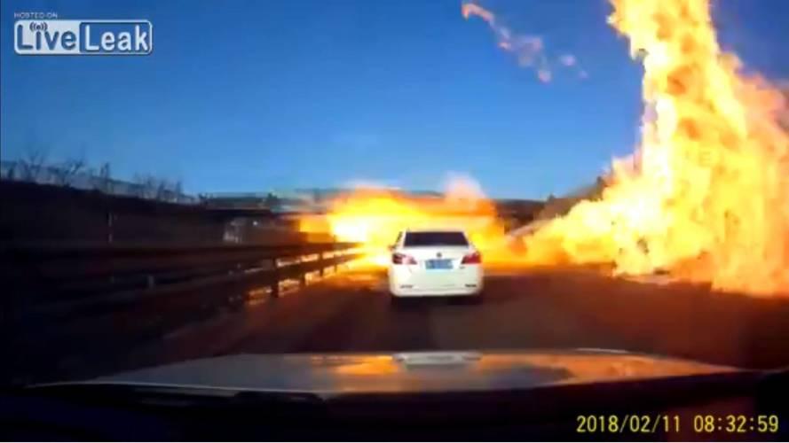 LPG tankeri kaza yaptı, otoyol cehenneme döndü