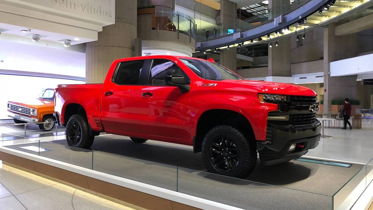 Chevy Colorado Diesel Release Date >> 2019 Chevy Silverado: 3.0L Diesel, Updated V8s, And 450 Fewer Pounds