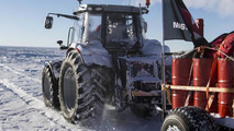 Tractor Girl finishes 2500 km ice-journey at the South Pole [videos]