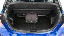 Comparativa Toyota Yaris 2017: ¿híbrido o gasolina?