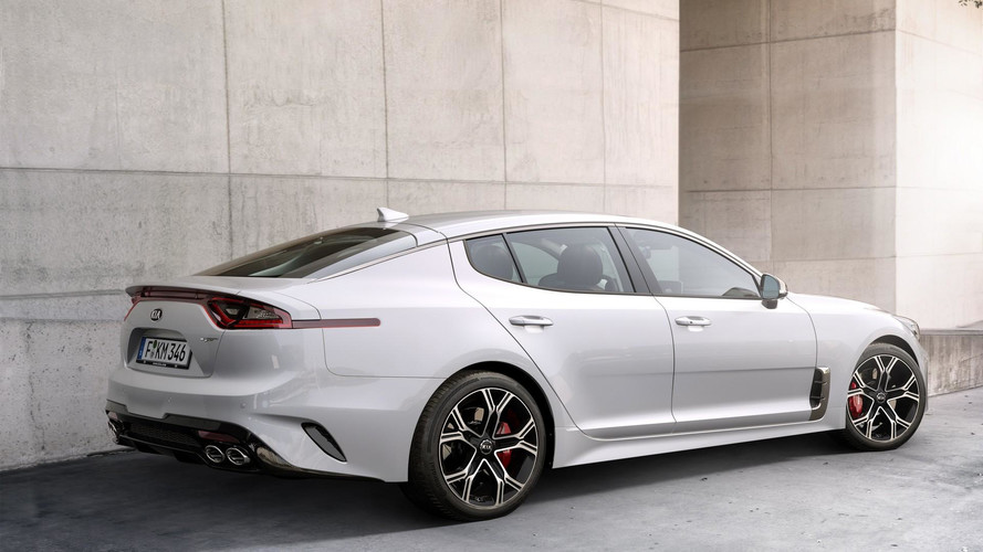 2018 Kia Stinger GT Mega Gallery (203 Photos)