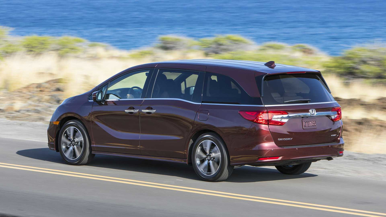 2018 honda odyssey first drive photo gallery. Black Bedroom Furniture Sets. Home Design Ideas