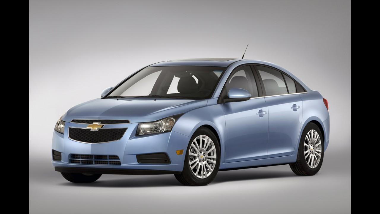 Chevrolet Cruze ganhará versão híbrida plug-in