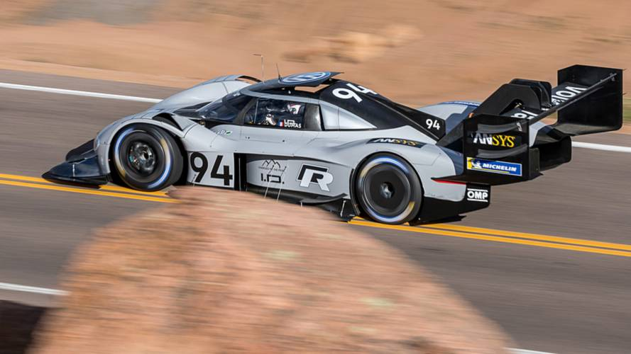 volkswagen i d r meilleur temps des qualifications pikes peak. Black Bedroom Furniture Sets. Home Design Ideas