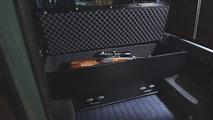 Land Rover Defender Blaser Editon 23.01.2012