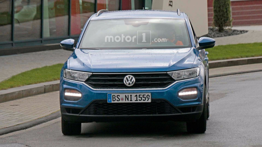 Volkswagen T-Roc R Spy Photos
