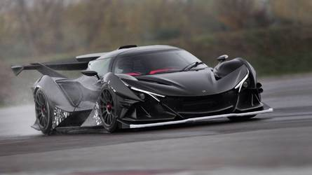 Apollo is testing its new 2018 Intensa Emozione hypercar in Italy