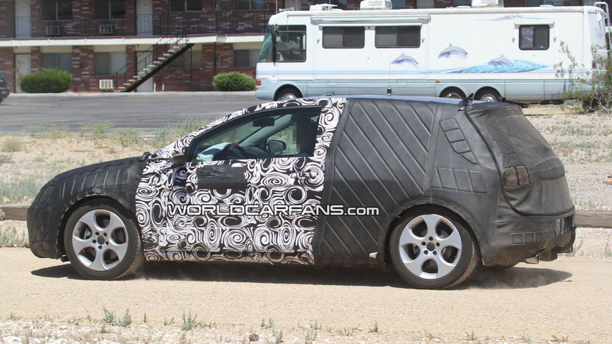 [UPDATE] Volkswagen Golf VII first full-body prototype spy photos - more photos added