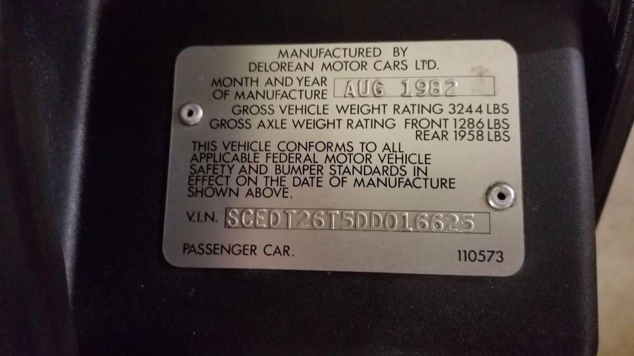 DeLorean DMC-12 oro eBay