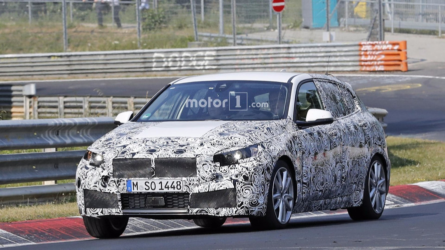 BMW M140i photos espion