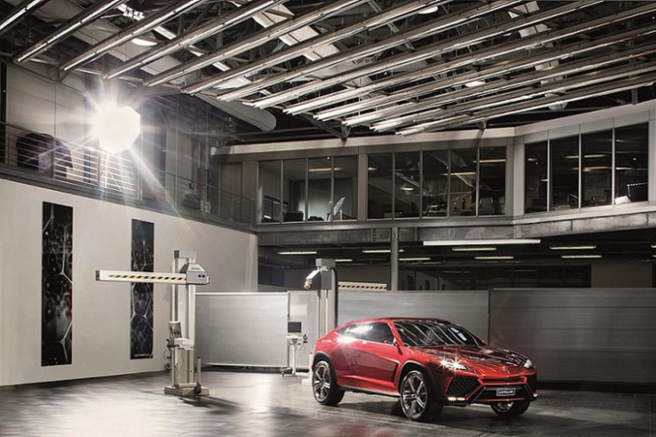 Lamborghini's New Urus SUV Coming in 2018