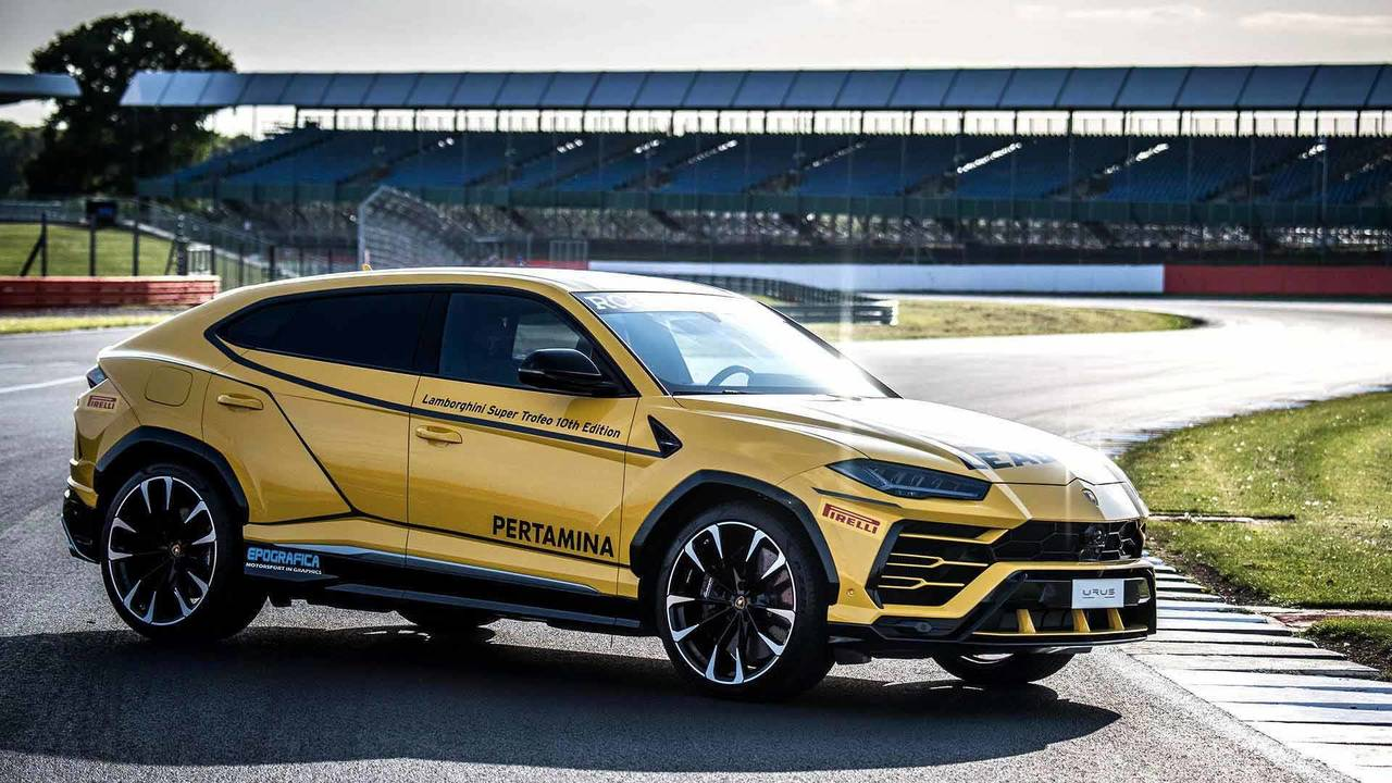 Lamborghini Urus Dresses Up To Be Super Trofeo Europe Lead Car