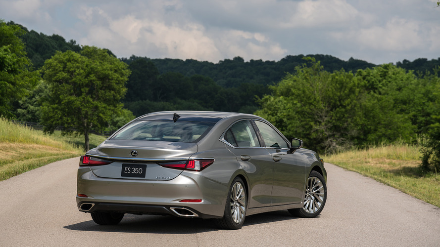 2019 lexus es 350 first drive  not everyone u2019s an athlete