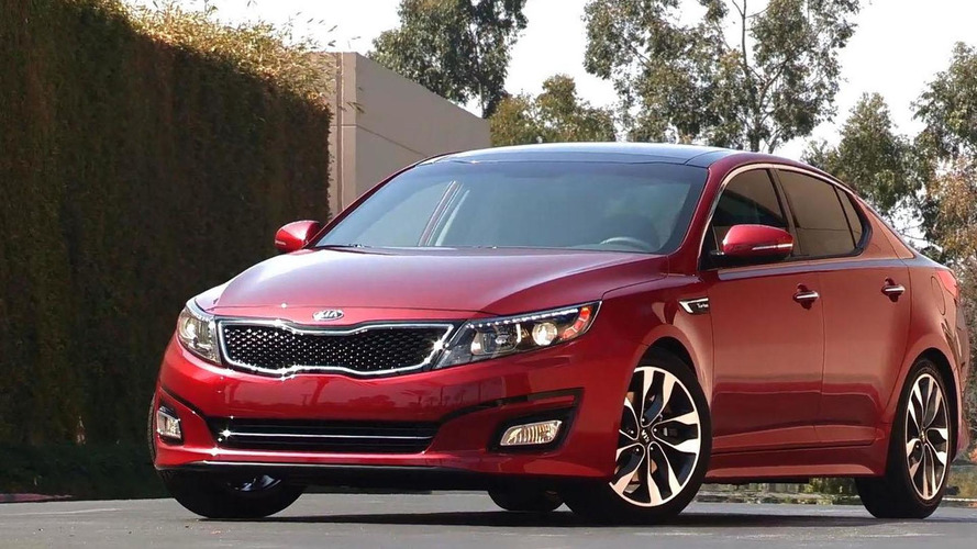 2015 Kia Optima revealed with modest updates