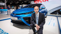 Toyota Fuel Cell Sedan live in Paris