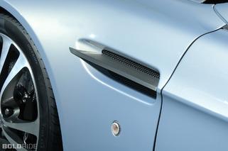 Aston Martin V12 Vantage RS Concept