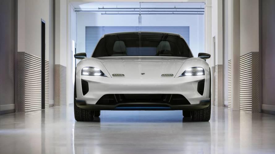 Porsche Mission E Cross Turismo konsepti