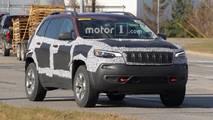 Jeep Cherokee Trailhawk casus fotoğraflar