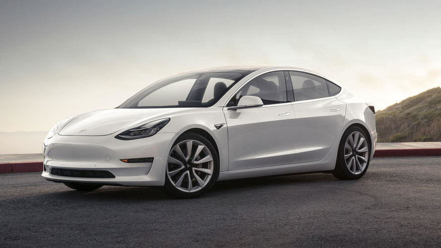 In push to get Model 3 to masses, Tesla starts raising cash