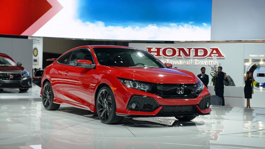 2017 Honda Civic Si Coupe ve Sedan için tarih 6 Nisan