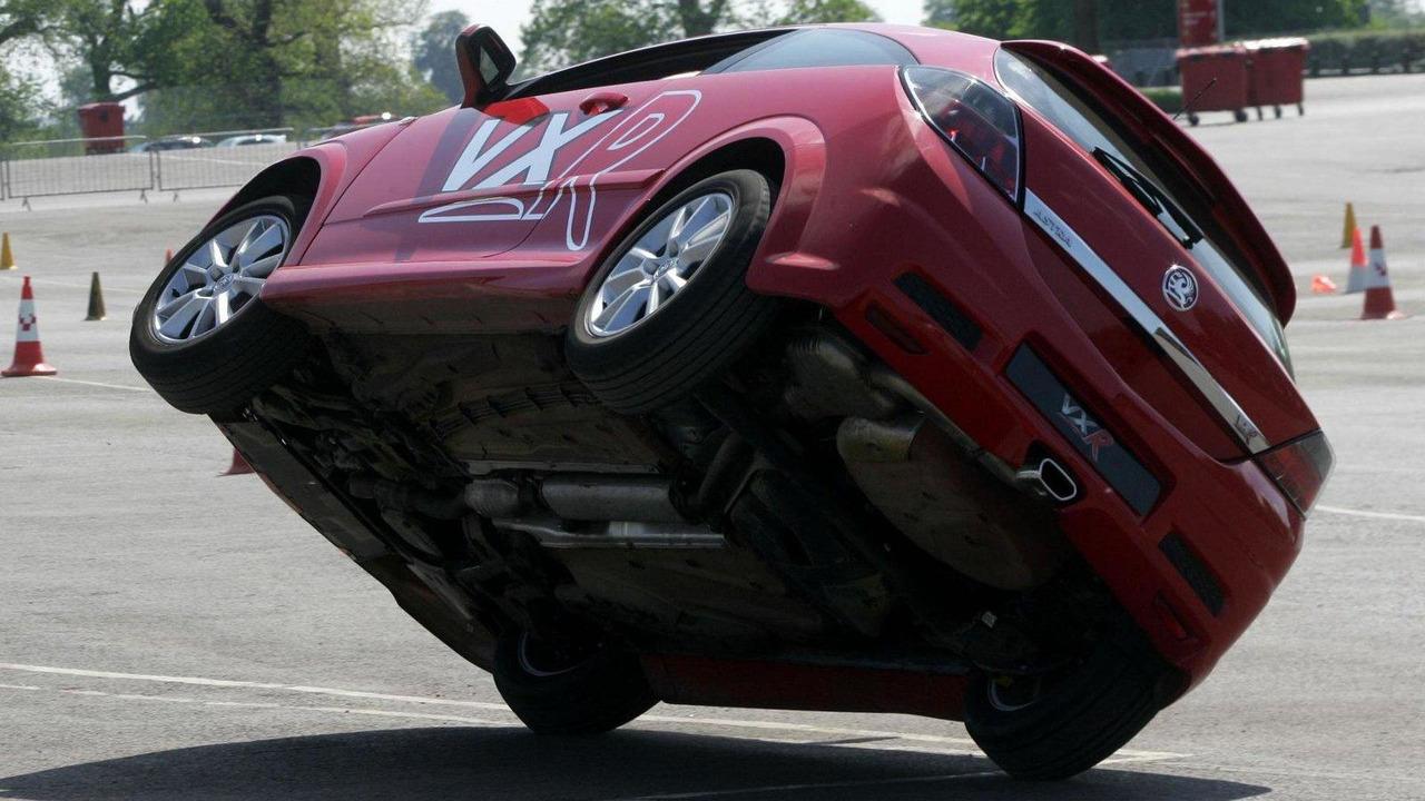Opel Astra VXR stunt show 12.08.2010