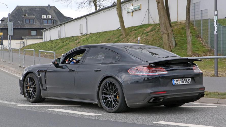 La Porsche Panamera 2017 sur le Nürburgring