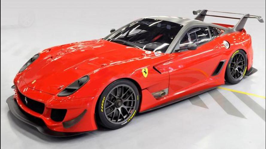 Asta Ferrari per l'Emilia: la 599XX Evo in azione
