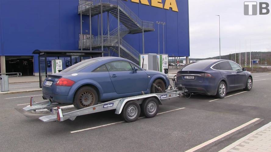 Audi TT Accelerates Quicker Being Towed By Tesla Model X