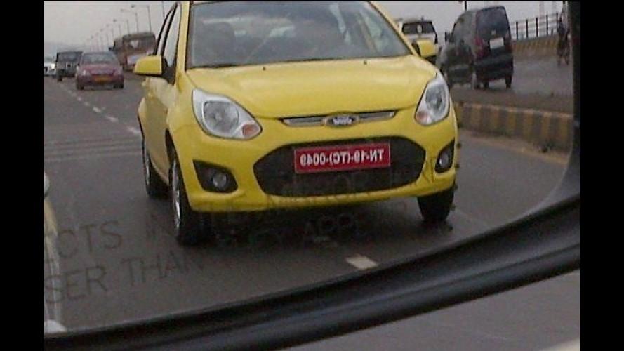 Ford Figo reestilizado é flagrado sem camuflagem na Índia