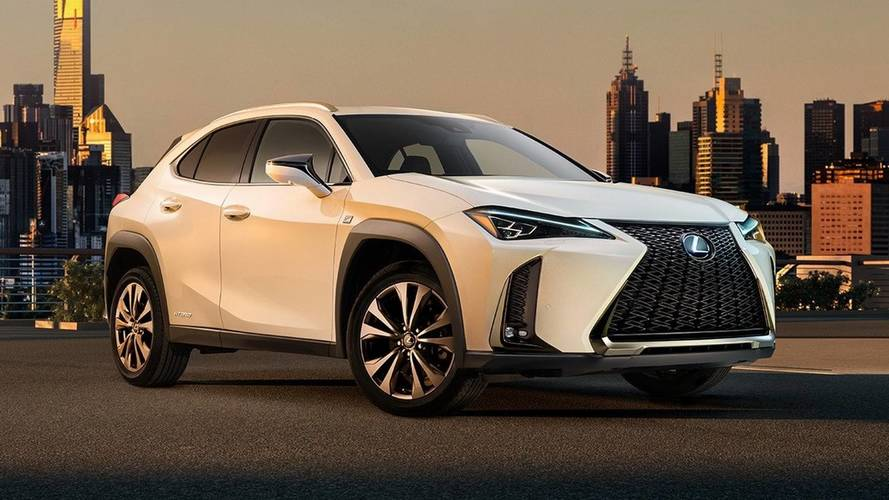 Lexus UX crossover debuts, arrives in December