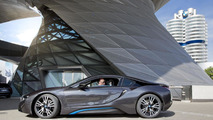 BMW i8 delivered to German customers