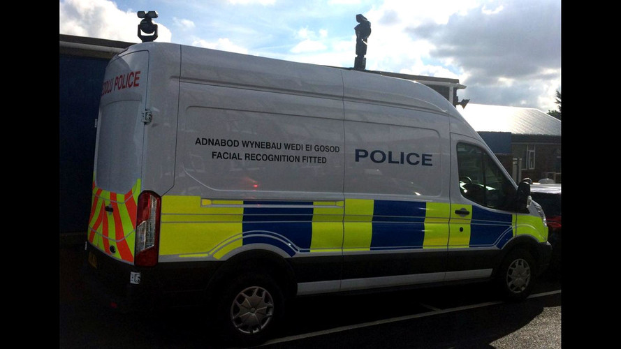 Police use new facial recognition van