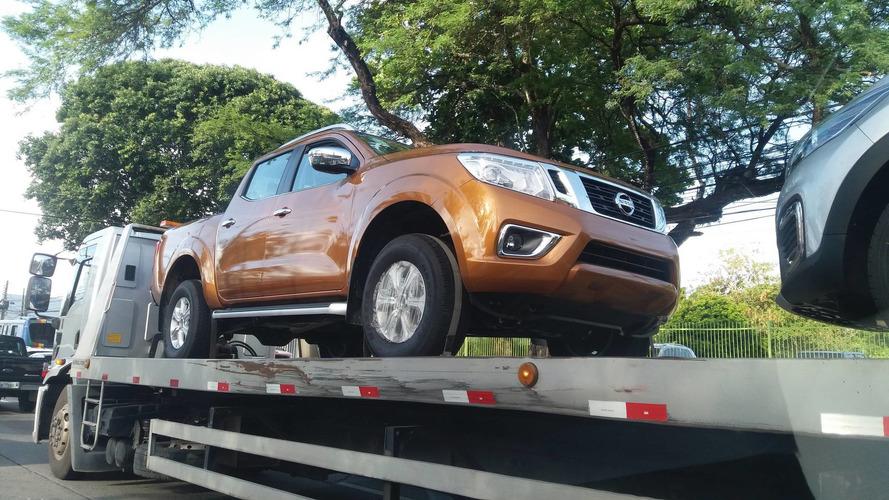 Nova Nissan Frontier começa a chegar às concessionárias