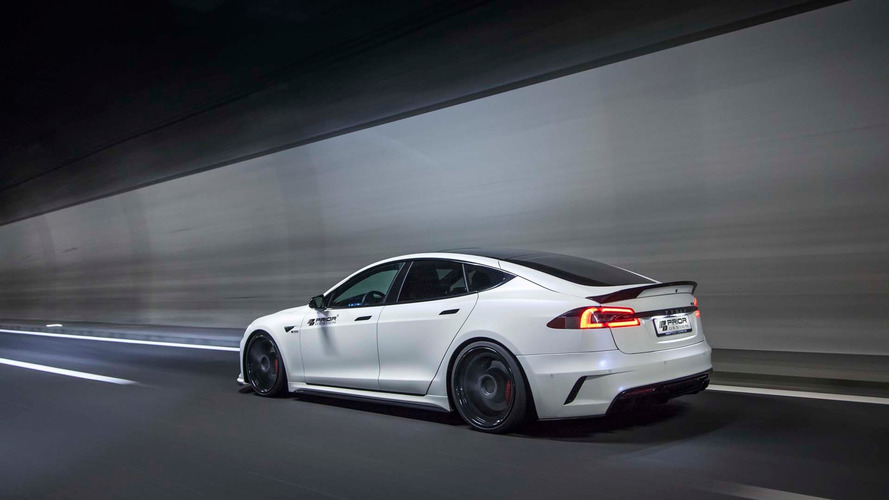 Une dose de virilité pour la Tesla Model S par Prior Design