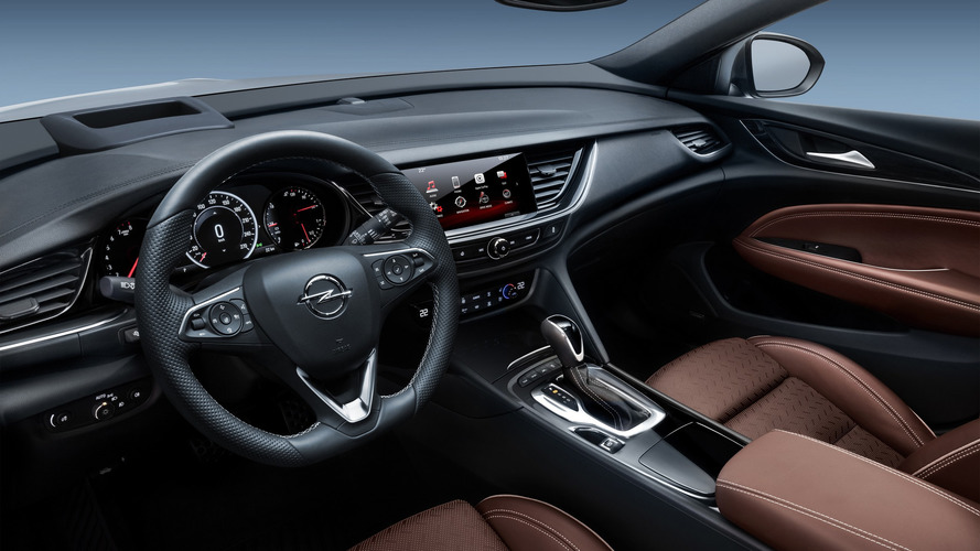 2018 Opel/Vauxhall Insignia Country Tourer