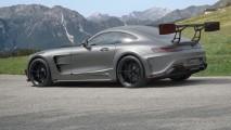 Mansory'nin hazırladığı Mercedes AMG GT S'in arka kanadı uzaydan bile gözüküyor