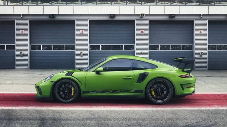 LEAKED: 2018 Porsche 911 GT3 RS Breaks Cover With More Power