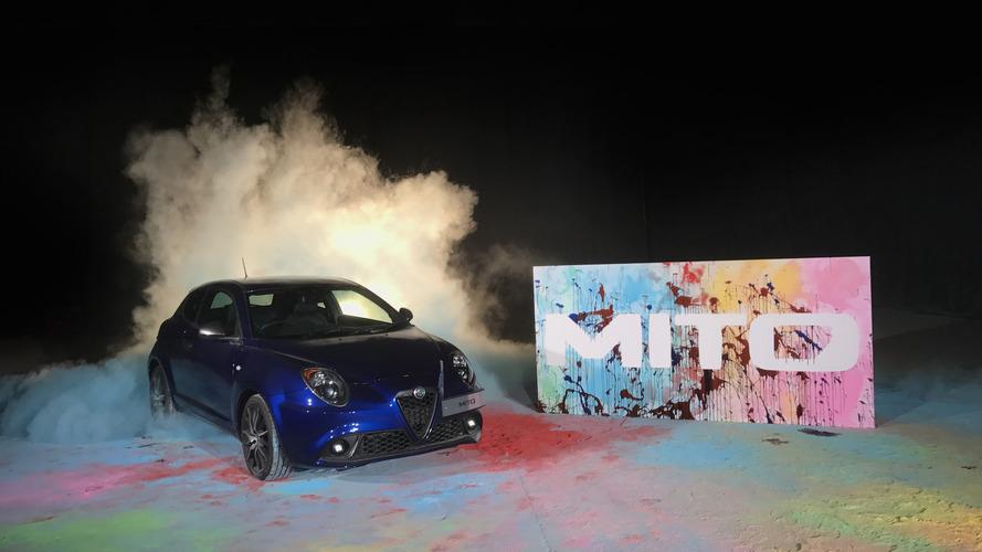Vidéo - L'Alfa Romeo MiTo réalise une oeuvre d'art abstrait