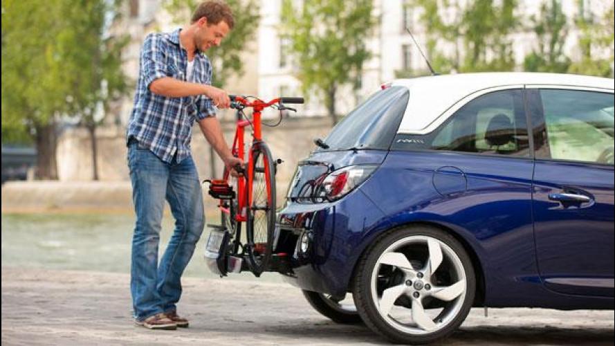 Opel Adam adotta il sistema di portabiciclette FlexFix