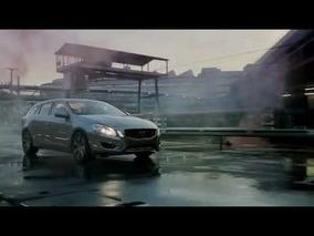2013 Volvo V60 Plug-in Hybrid - Running Footage