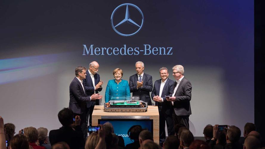 Yeni pil fabrikasıyla Daimler'in hedefinde Tesla var